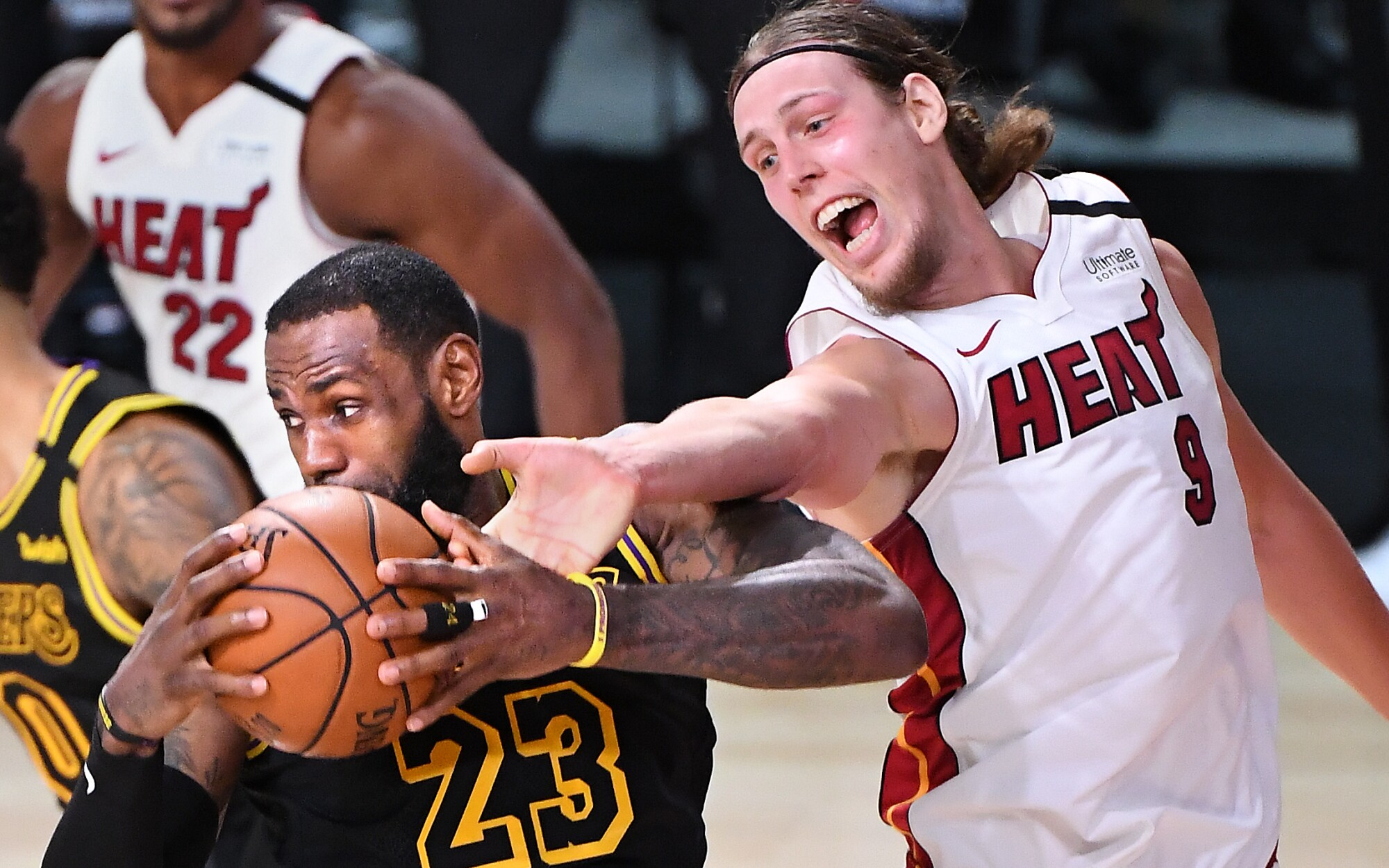Nba Finals 10 Photos From Lakers Game 2 Win Over The Heat Los Angeles Times