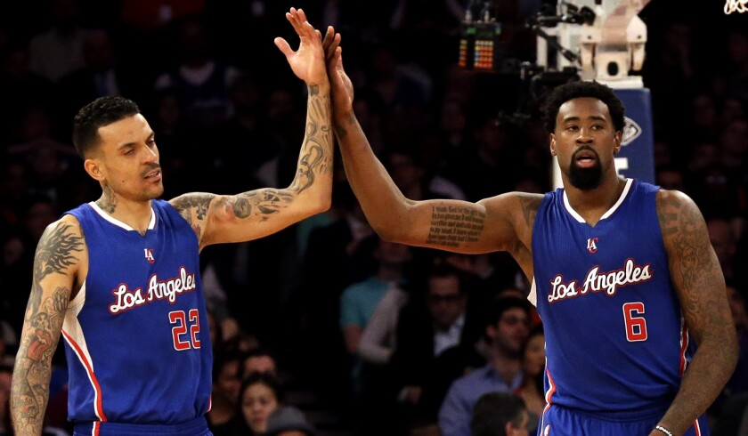Knicks Aren T Only Ones Feeling Sick After Rout By Clippers Los Angeles Times