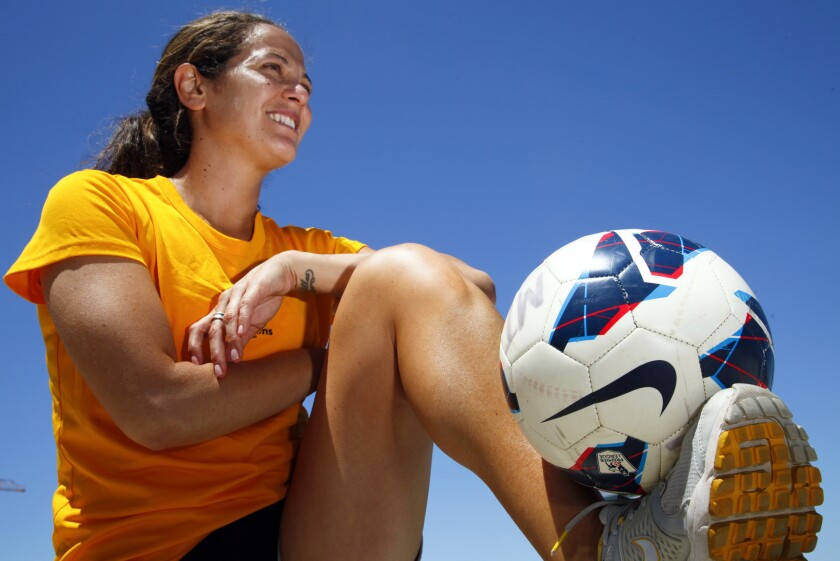 Can knee injuries be avoided?