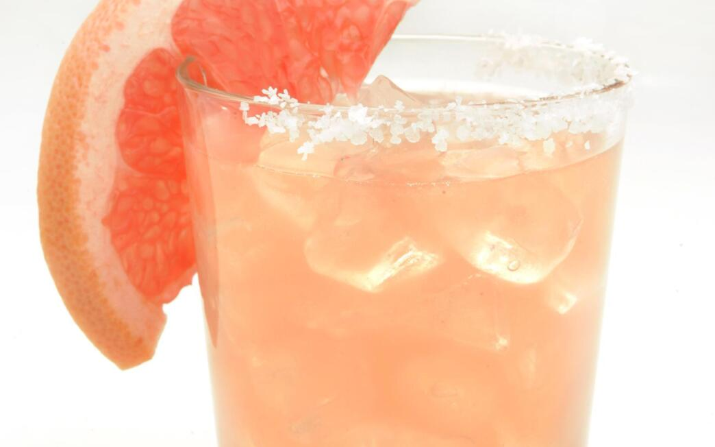 Ruby red grapefruit margarita