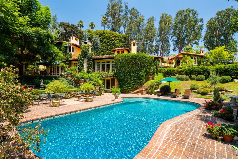 Priscilla Presley's longtime Beverly Hills home