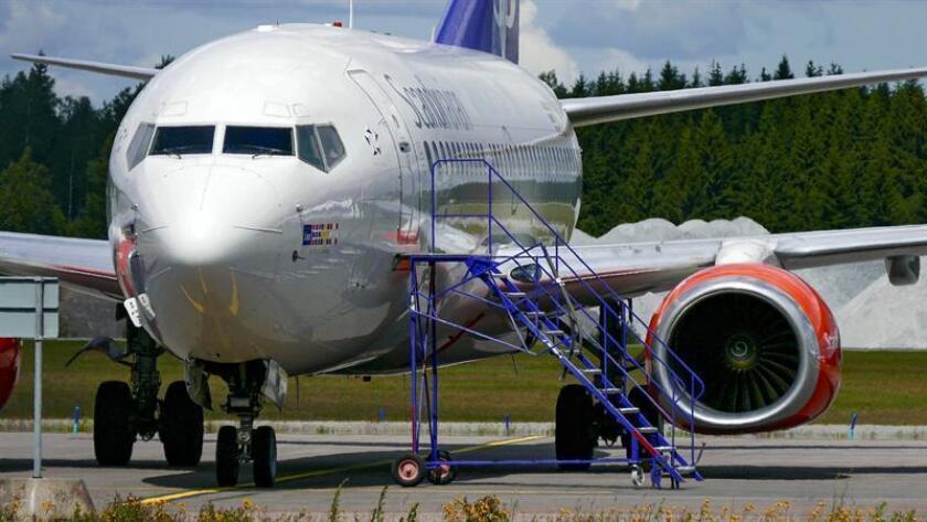 La compañía de bajo coste Flydubai acordó la compra de 225 Boeing 737 MAX 10 por un valor total de 27.000 millones de dólares en el marco de la feria aérea de Dubai, en los Emiratos Árabes Unidos, informó hoy la empresa aeronáutica. EFE/Archivo