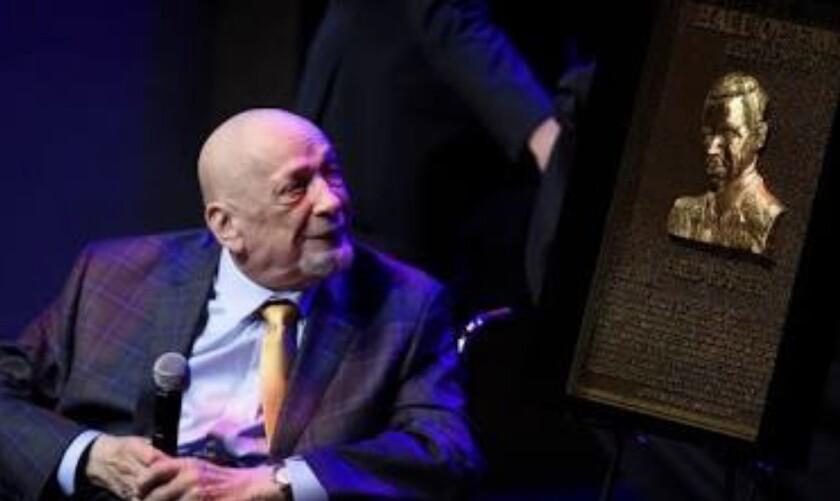 Fred Foster muere a los 87 años de edad.