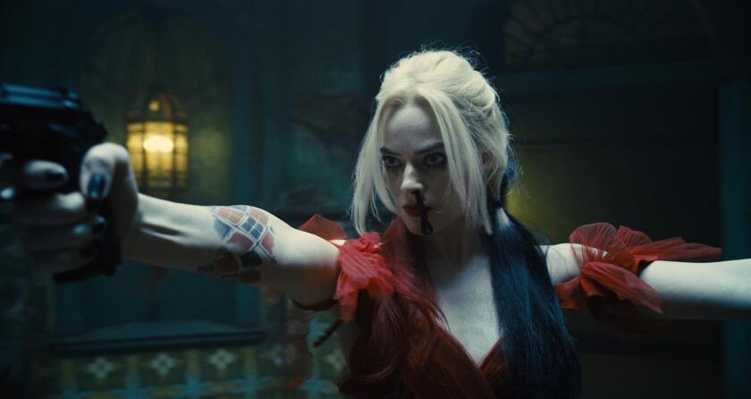 """Margot Robbie durante una escena de la película """"The Suicide Squad""""."""