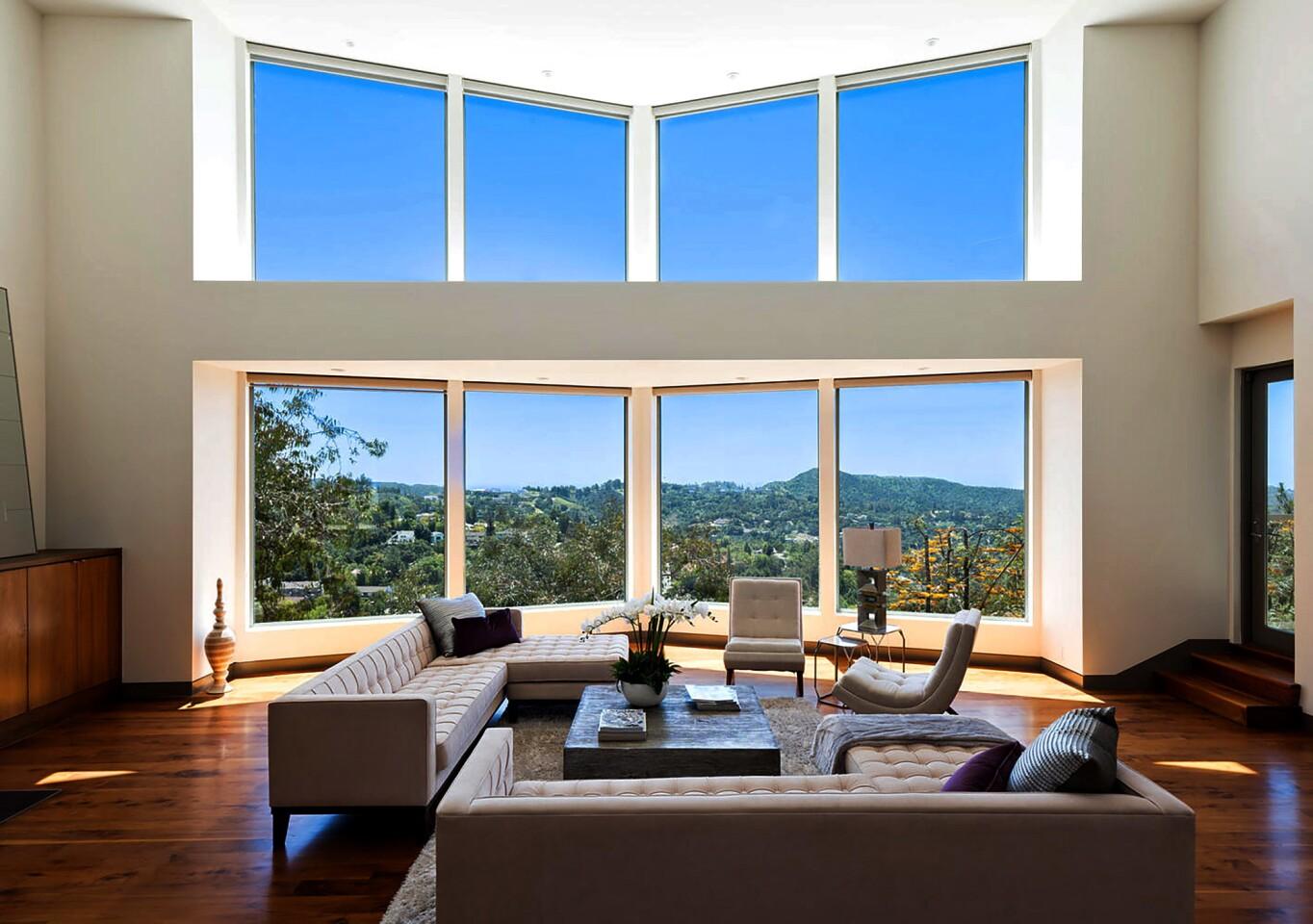Hot Property | Mulholland residence