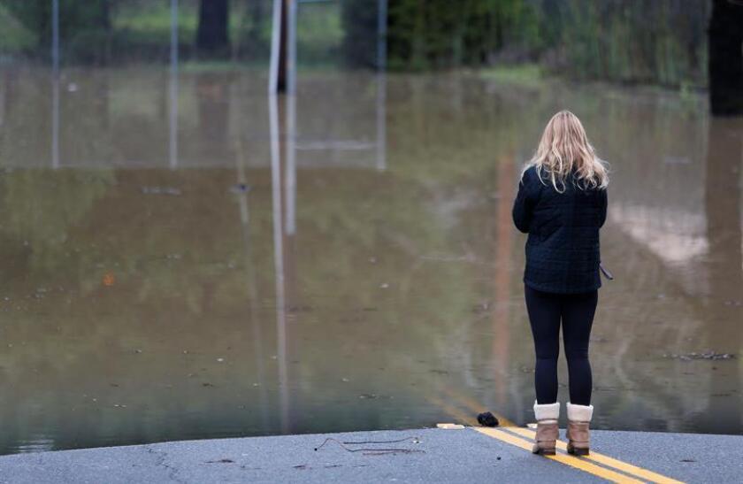 Autoridades del norte de Nevada siguen evaluando los daños ocasionados por la tormenta que causó inundaciones que junto con el derretimiento de la nieve ocasionó la crecida del Río Truckee, considerada una de las más grande de los últimos 10 años. EFE/ARCHIVO