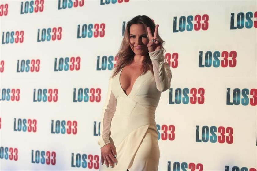 Fotografía donde aparece la actriz mexicana Kate del Castillo durante la presentación de la película Los 33. EFE/Archivo