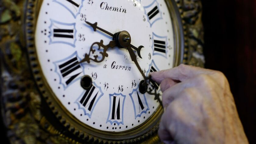 U.S. Prepares To Set Clocks Back As Daylights Saving Time Ends