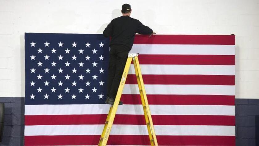 Con la adopción de la Constitución, en 1787, los Estados miembros dieron vida a la Unión Americana.