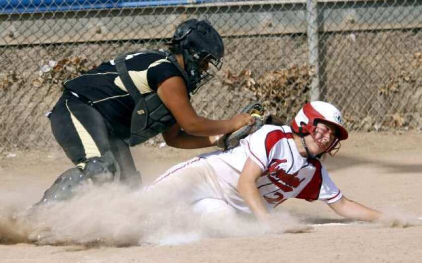 Indians fend off Hawks
