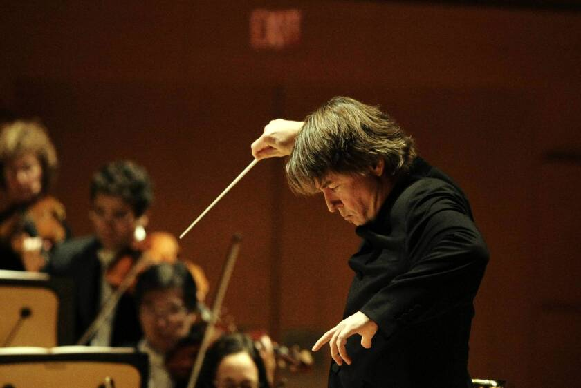 Review: Esa-Pekka Salonen conducts L.A. Phil in 'Nyx,' more