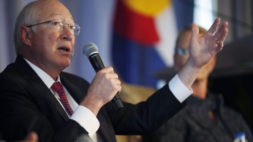 Ken Salazar es el nuevo embajador de Estados Unidos en México.