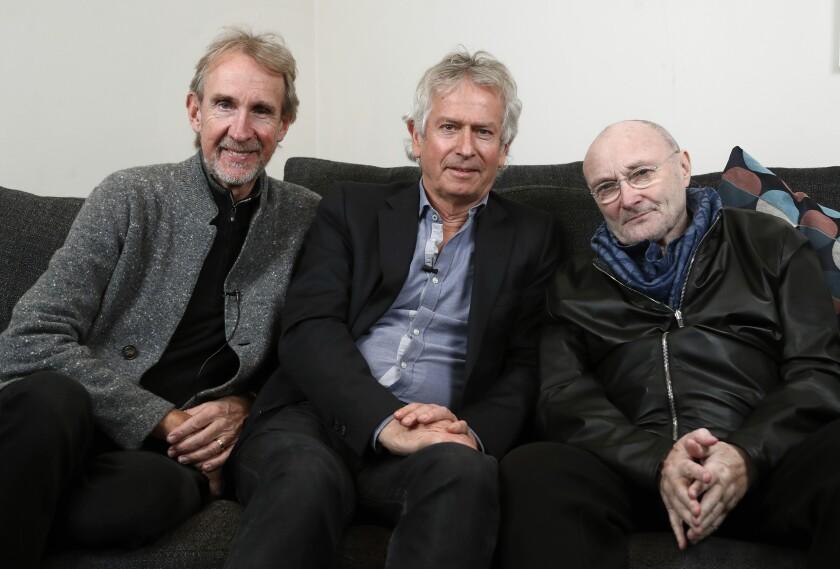 Los miembros de Genesis Mike Rutherford, Tony Banks y Phil Collins,