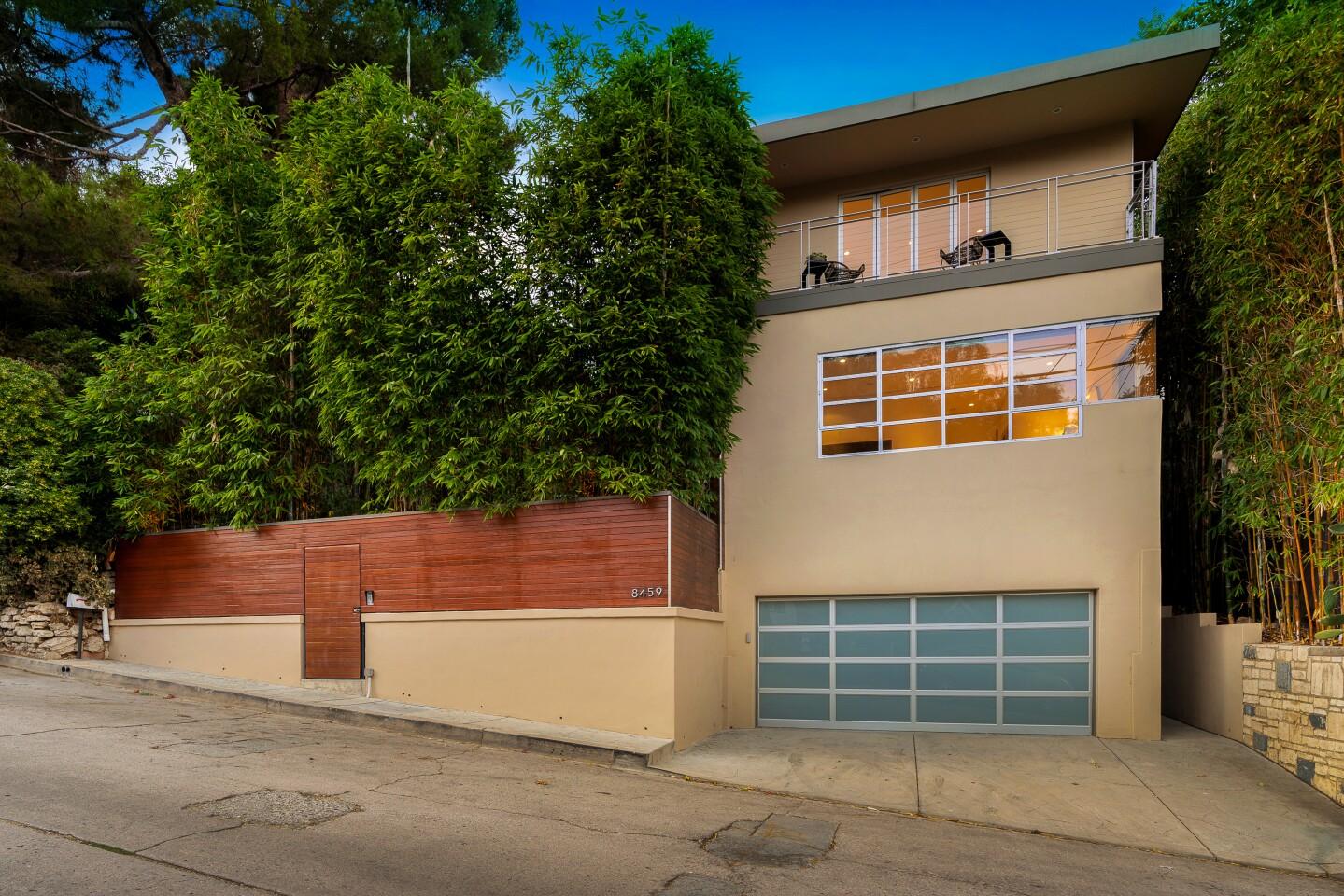 Josh Lucas' Hollywood Hills home