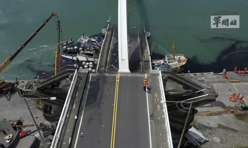 Taiwan Bridge Collapse