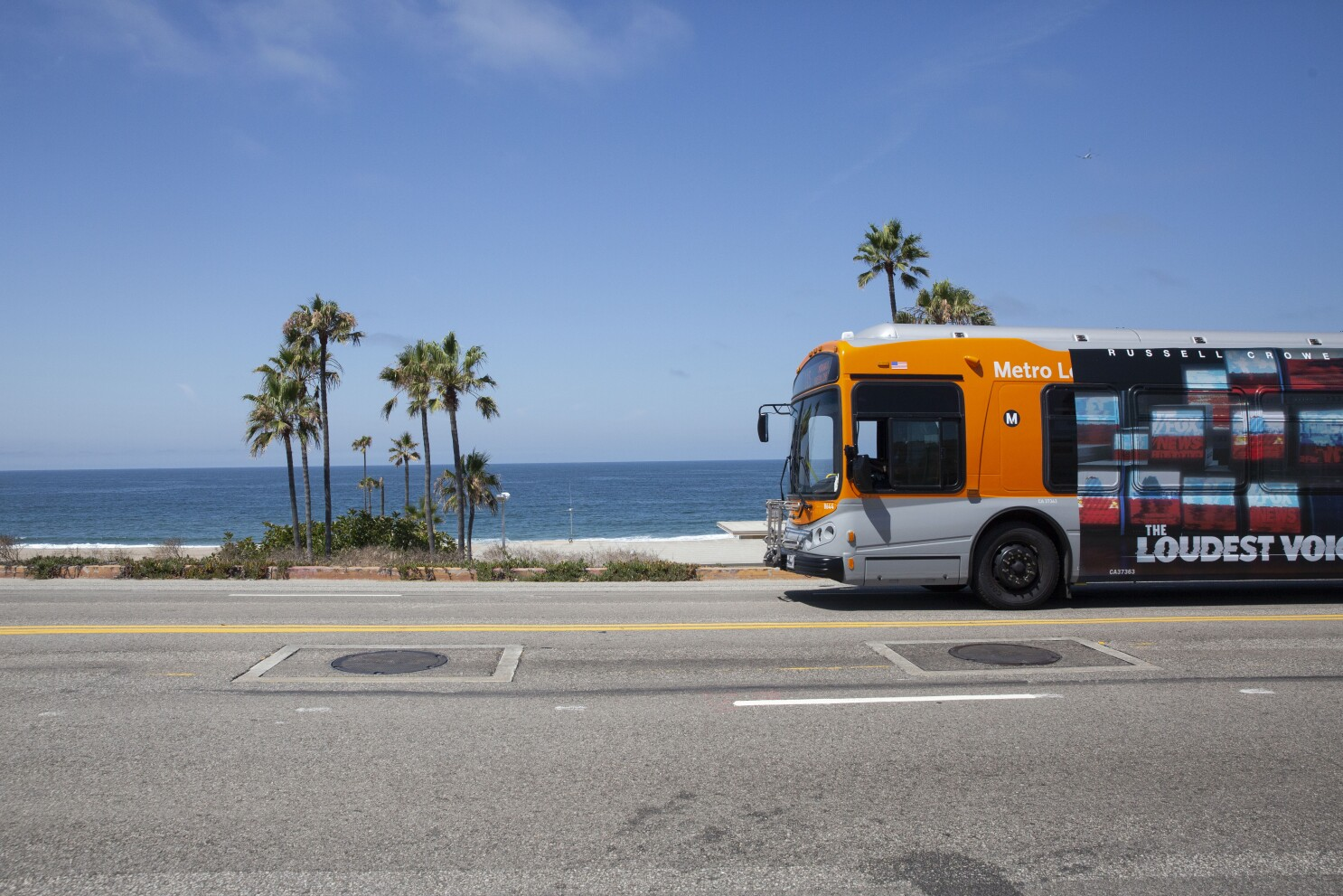 Riding the buses of Los Angeles: A beginner's guide