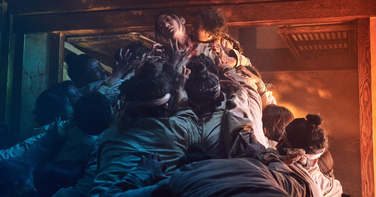 Zombies in South Korea are feeding on fears and anxieties - Los Angeles Times