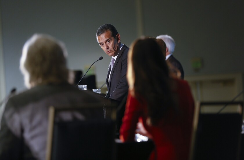 Antonio Villaraigosa (Democrat) listened to panelist Lindsey Peña from ABC 10News during the California Gubernatorial Candidates Forum held in Mission Valley.