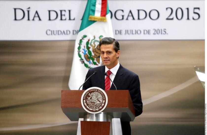 El Presidente Enrique Peña Nieto se reunirá con funcionarios de su Gabinete para que le den un informe de las acciones emprendidas para la recaptura de Joaquín 'El Chapo' Guzmán.