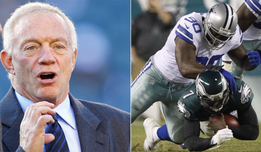 Jerry Jones gets into heated confrontation with 300-pound lineman