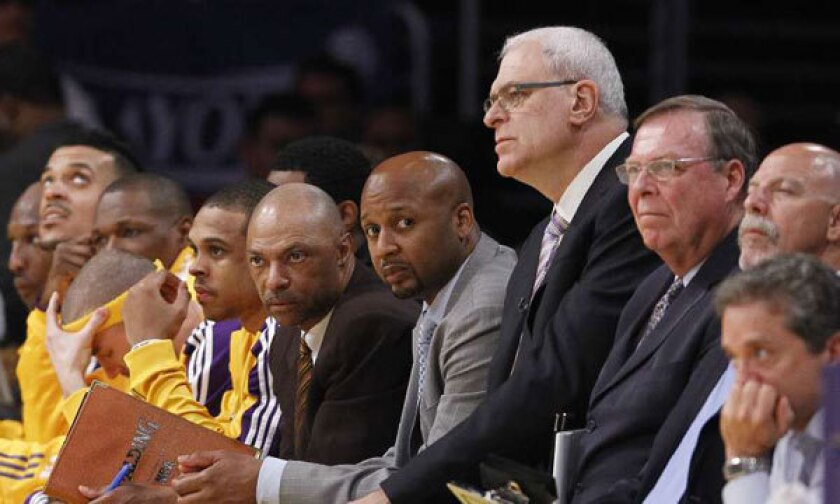 The Lakers are hoping to get Phil Jackson back on the sidelines.