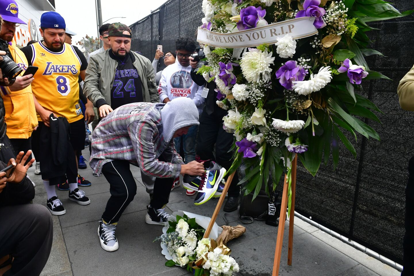 Photos: Fans outside Staples Center mourn death of Kobe Bryant