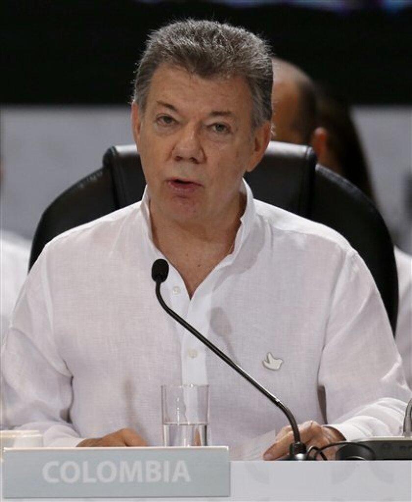 El presidente de Colombia, Juan Manuel Santos, habla durante la ceremonia de apertura de la 25ta Cumbre Iberoamericana en Cartagena, Colombia, el sábado 29 de octubre de 2016.