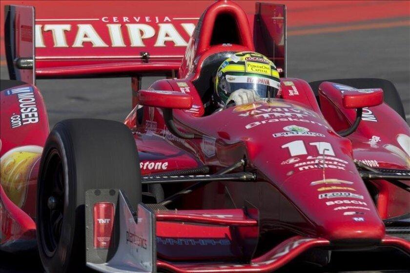 El brasileño Tony Kanaan, de la escudería KV Racing Technology, se convirtió en el cuarto piloto brasileño que gana esta prueba. EFE/Archivo