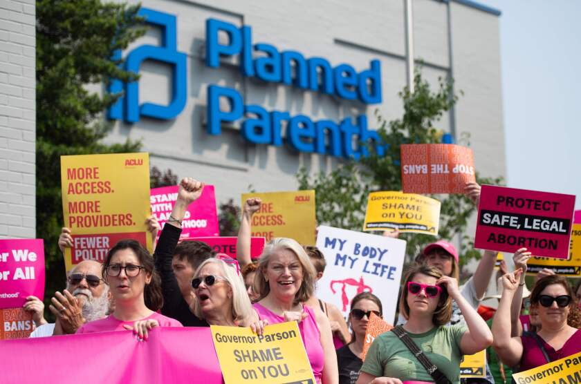 Abortion supporters hold a rally outside the Planned Parenthood Reproductive Health Services Center in Missouri