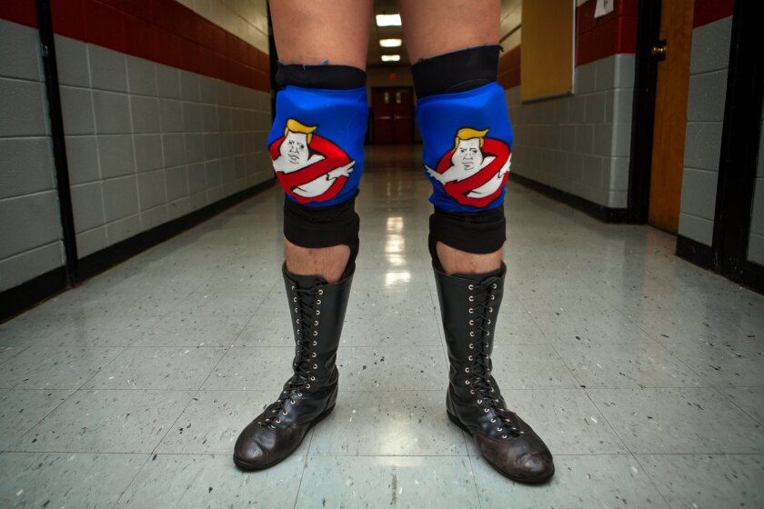 Dan Richards' Trump knee pads