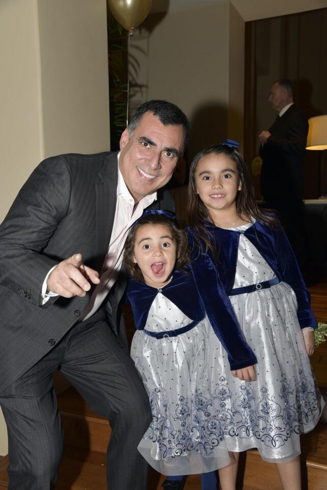Jorge Ojeda with Ivana and Isabella
