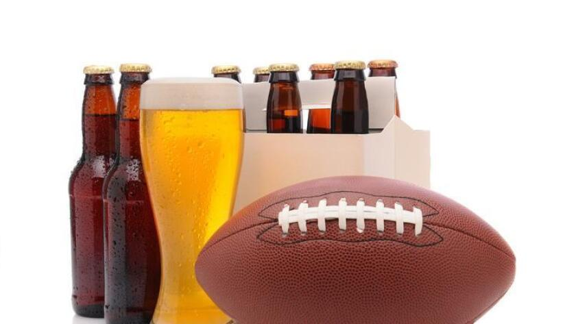 Which Super Bowl team's craft beer comes out ahead? (Shutterstock)