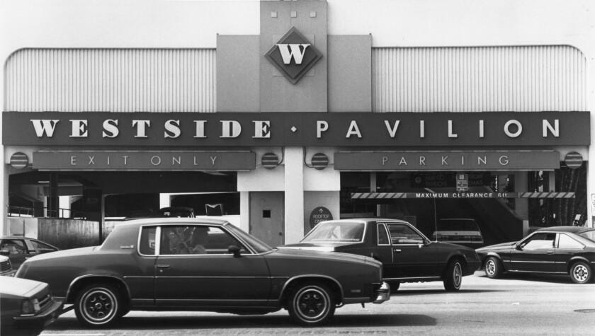 Oct. 11, 1987: Parking entrance to the Westside Pavilion off Overland.