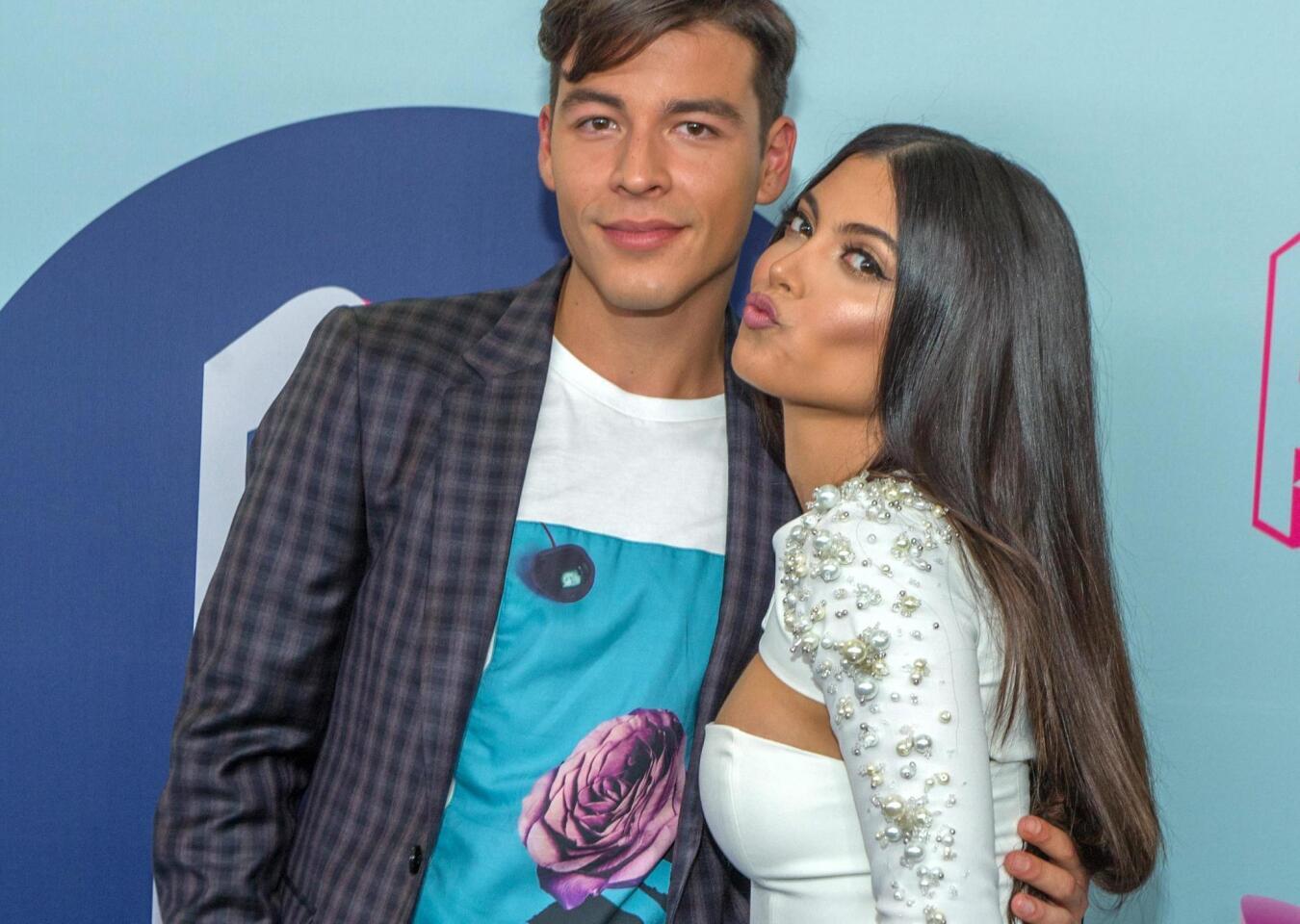 Mariaelena y Manolo, los anfitriones de Premios Juventud