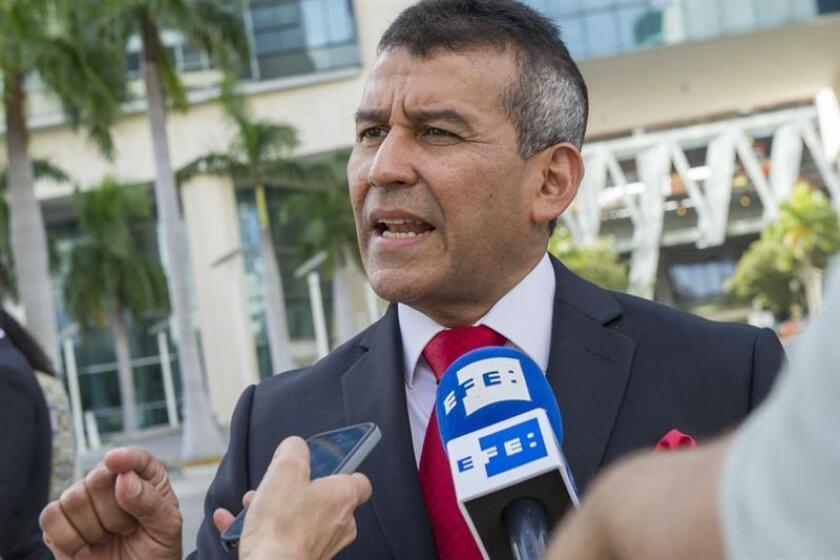 La Fiscalía se opuso hoy de nuevo a la libertad bajo fianza solicitada por el expresidente de Panamá Ricardo Martinelli, cuya extradición ya fue avalada por dos jueces federales por delitos relacionados con escuchas ilegales. EFE/Archivo