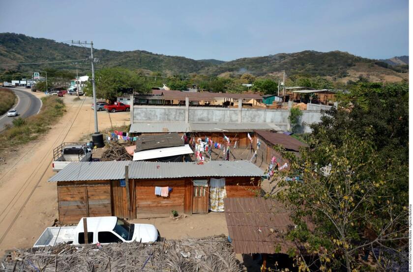 La Red Guerrerense de Derechos Humanos (RGDH) denunció que 43 familias que salieron de sus comunidades por la violencia e inseguridad en Guerrero se encuentran reubicados en distintos lugares.