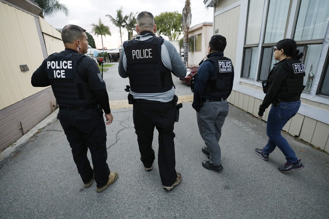ICE agents in Bell Gardens