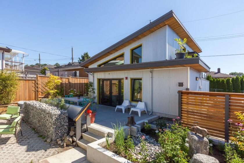 Located in Vancouver, British Columbia, this granny flat is an example of a stand-along unit built behind a main house.