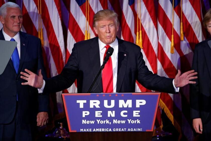 Un tribunal rechazó hoy una demanda por protección de la privacidad en contra de la comisión de fraude electoral creada por el presidente, Donald Trump, para investigar supuestas irregularidades en el sistema de voto en EEUU. EFE/ARCHIVO