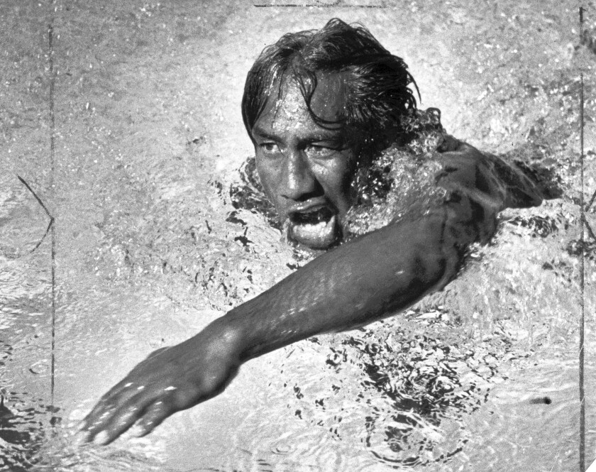 FILE PHOTO FROM 1938 –– Duke Kahanamoku shows his swimming style in Los Angeles, 1938. Photo by Maurice Terrell / Los Angeles Times