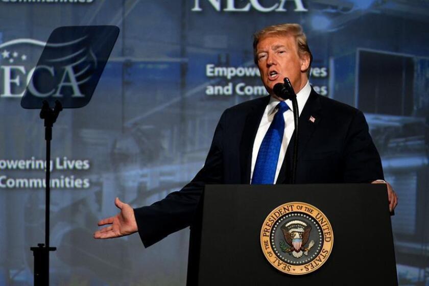 La Casa Blanca negó hoy que el presidente de EE.UU., Donald Trump, construyera parte de su fortuna evadiendo impuestos y rechazó así los hallazgos de una extensa investigación publicada por el diario The New York Times. EFE