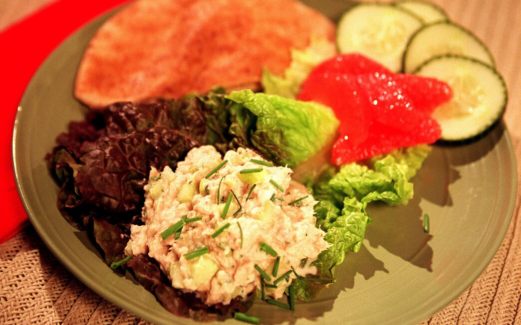 Tuna and cucumber with citrus mayonnaise