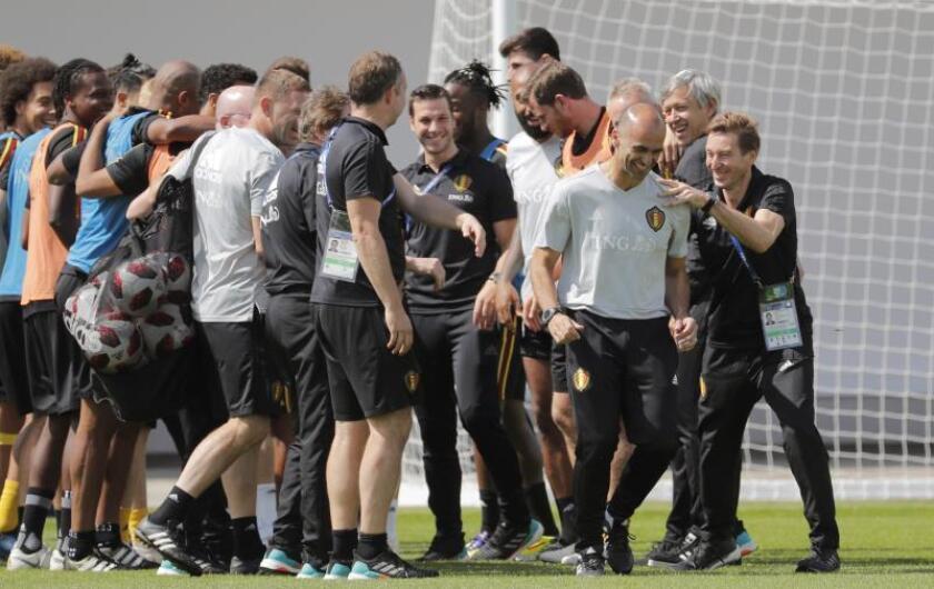 Los jugadores y cuerpo técnico de la selección de Bélgica durante un entrenamiento. EFE/Archivo