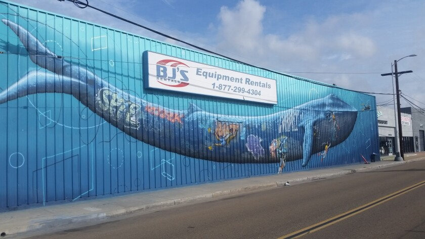 A whale mural by Chris Konecki along Pacific Coast Highway. (Laurie Delk)