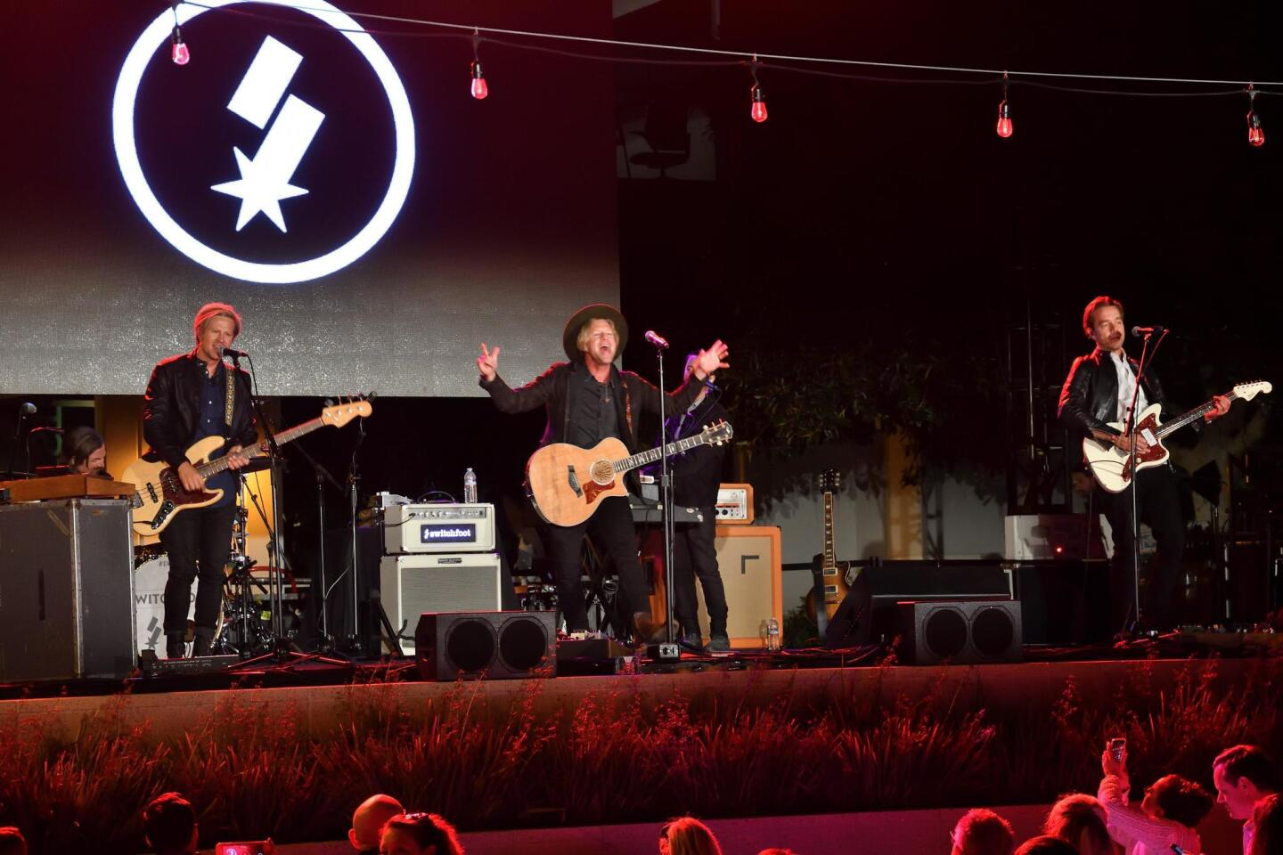 Switchfoot in performance