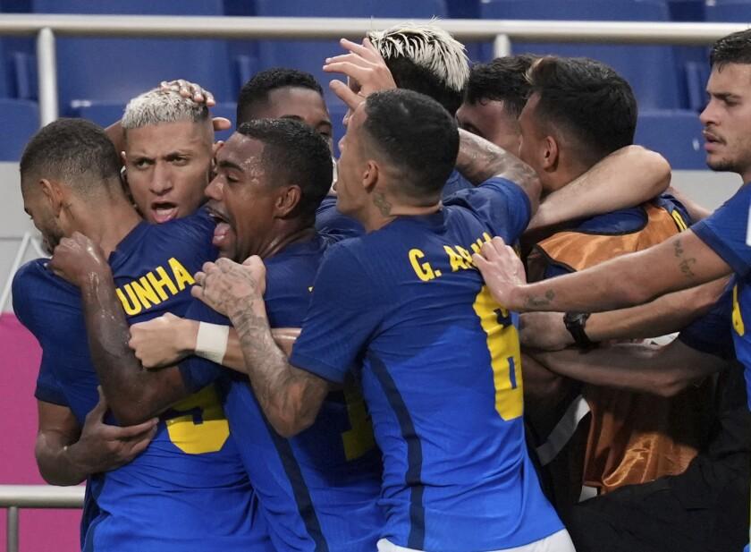Brazil's Richarlison, second left,