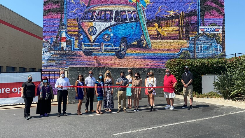 Security Public Storage unveiled a 2,500-square-foot mural depicting Oceanside scenes.