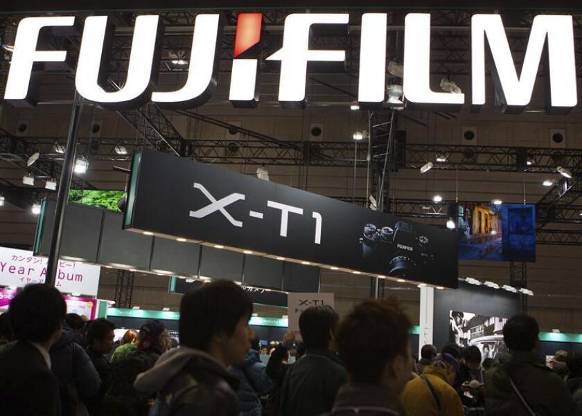 La anunciada fusión entre la firma japonesa Fujifilm y la estadounidense Xerox está encontrando tropiezos por la oposición de accionistas claves y la presentación de una demanda judicial que intenta bloquear la operación. EFE/EPA/Archivo