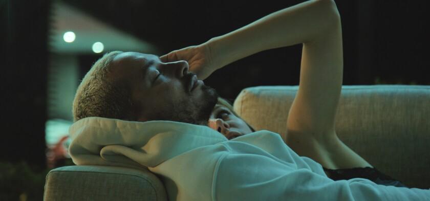 En esta imagen difundida por Amazon, J Balvin en una escena del documental The Boy From Medellin