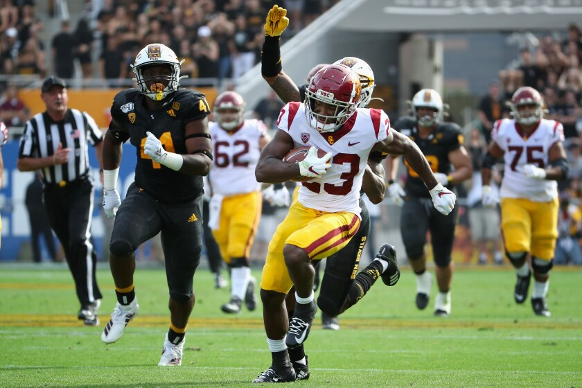 USC running back Kenan Christon scores on a 58-yard touchdown reception.